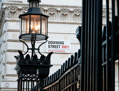 Government job retention scheme extended